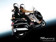 レンタルバイクの「グランドマジェスティ400」
