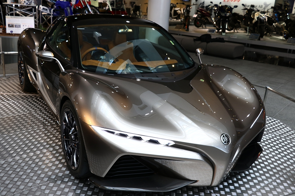 東京モーターショー出展のヤマハデザインコンセプトカー「スポーツライド コンセプト」を2016年2月末までヤマハ ...