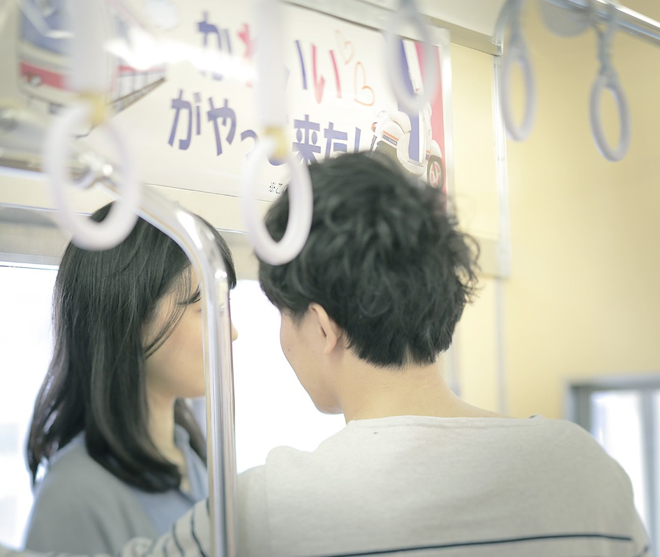 WEB小説「京王女子とビーノ男子」京王線の車両シーン2